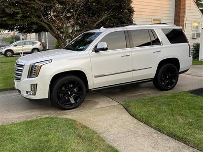 2019 Cadillac Escalade lease in Bethpage,NY - Swapalease.com
