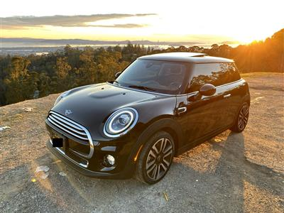 2019 MINI Hardtop 2 Door lease in Oakland,CA - Swapalease.com