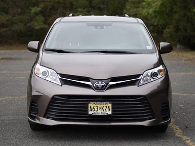 2018 Toyota Sienna lease in wayne,NJ - Swapalease.com