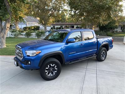 2017 Toyota Tacoma lease in Woodland Hills,CA - Swapalease.com