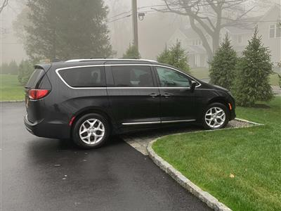 2018 Chrysler Pacifica lease in Armonk,NY - Swapalease.com