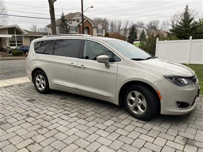 2017 Chrysler Pacifica lease in West Orange,NJ - Swapalease.com