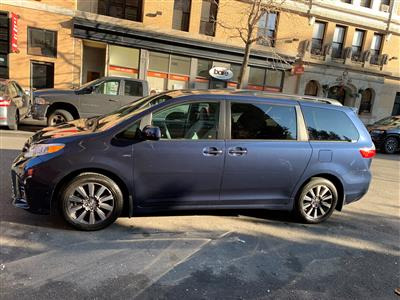 2020 Toyota Sienna lease in New York,NY - Swapalease.com