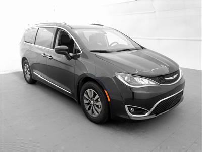 2019 Chrysler Pacifica lease in Aventura,FL - Swapalease.com