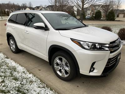 2019 Toyota Highlander lease in Olmsted Falls,OH - Swapalease.com
