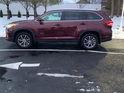2019 Toyota Highlander lease in Groveland,MA - Swapalease.com