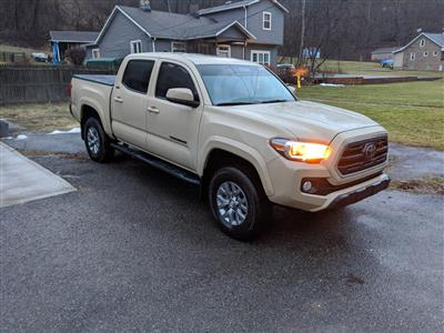 2018 Toyota Tacoma lease in Sutersville,PA - Swapalease.com