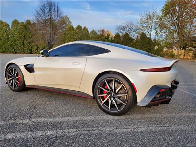 2019 Aston Martin Vantage lease in westbury,NY - Swapalease.com