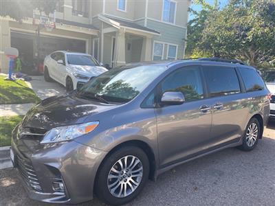 2018 Toyota Sienna lease in San Diego,CA - Swapalease.com