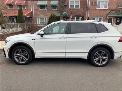 2019 Volkswagen Tiguan lease in Middle Village,NY - Swapalease.com