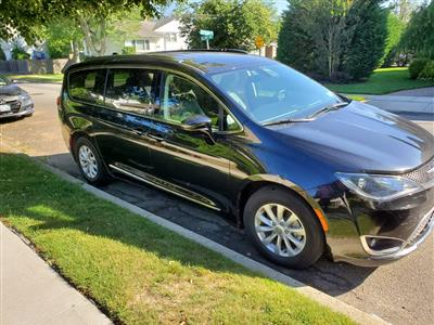 2018 Chrysler Pacifica lease in Suffern,NY - Swapalease.com