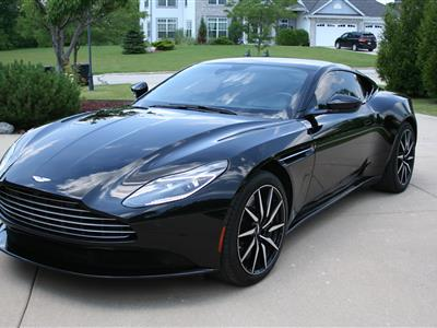 2018 Aston Martin DB11 lease in Franklin,WI - Swapalease.com