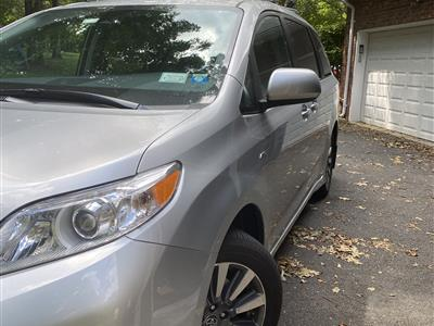 2020 Toyota Sienna lease in Suffern,NY - Swapalease.com
