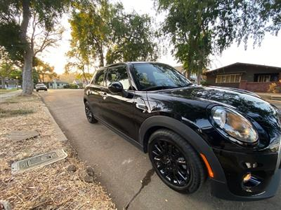 2019 MINI Hardtop 4 Door lease in Los Angeles,CA - Swapalease.com