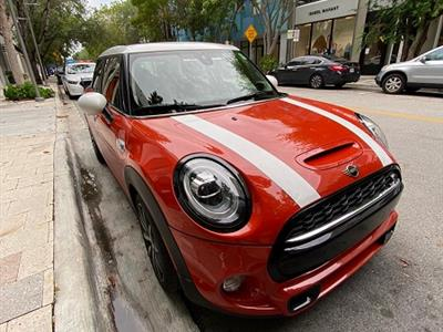 2019 MINI Hardtop 4 Door lease in Surfside,FL - Swapalease.com