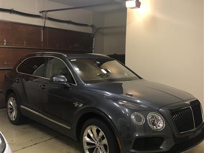 2019 Bentley Bentayga lease in Franklin,MI - Swapalease.com