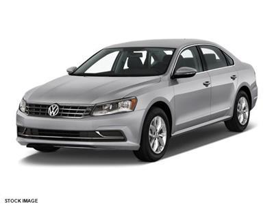2017 Volkswagen Passat lease in Cincinnati,OH - Swapalease.com