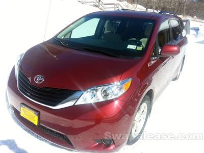2014 Toyota Sienna lease in franklin,NY - Swapalease.com